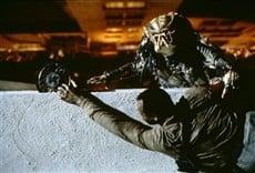 Escena de Depredador 2
