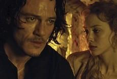 Escena de Drácula - La leyenda jamás contada