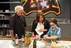 Escena de Rachael vs. Guy: Celebrity Cook-Off