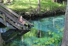 Serie Rincones secretos para nadar