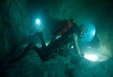 Escena de Sanctum: Viaje al fondo de la Tierra