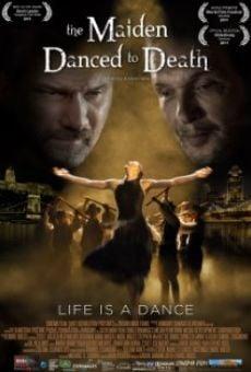 Ver película A halálba táncoltatott leány