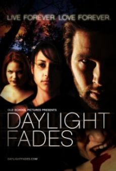 Daylight Fades on-line gratuito