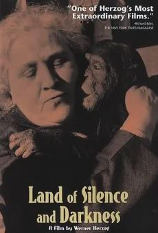 Ver película El país del silencio y la oscuridad