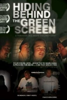 Hiding Behind the Green Screen on-line gratuito
