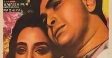Película Naseeb Apna Apna