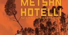 Película Punaisen Metsän Hotelli