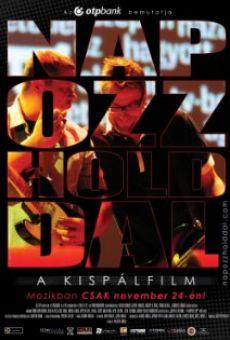 Ver película Napozz Holddal - A Kispálfilm