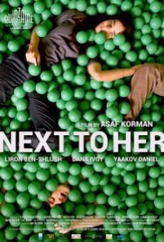 Película: Next to Her