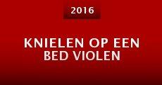 Película Knielen op een bed Violen